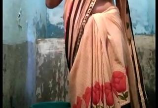 Indian desi village aunty rinsing