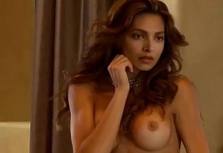 Deepika Padukone real nude shoot(HD)