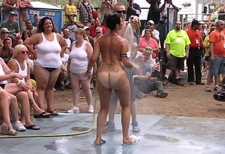 Amateur defoliated contest at this years nudes a poppin festival in indiana