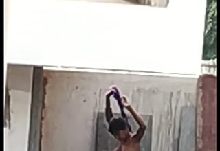 Indian bathing2