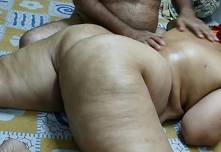 50 YEAR OLD INDIAN  STEP Old lady FULL BODY MASSGE BY The brush YOUNG 40 YEAR OLD STEP SON