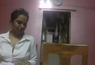 Indian School Teacher Seducing The brush Student Showing The brush Big Juicy Boobs