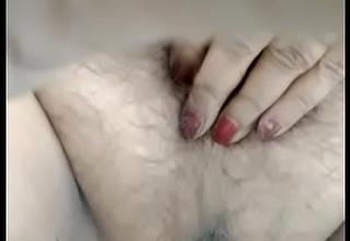 Indian mummy peeing on cam
