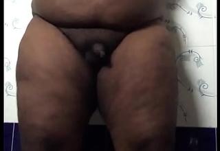 Indian tamil fat gay ass shake
