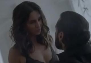 Shibani Dandekar Full Nude Sex Scene