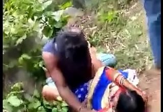 Desi Indian Bandeau Bang in Jungle