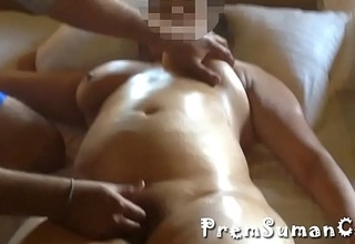 Desi wife Suman getting nude massage hubby filming [Part 4]