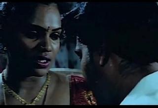 கொட்டை மட்டும் வெளியே-Desperate Tamil Aunty