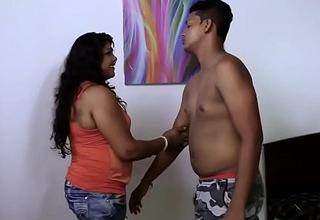 Hawt desi Girl Boobs Suck..Nipple show