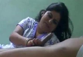 bhabhi perfect sucking