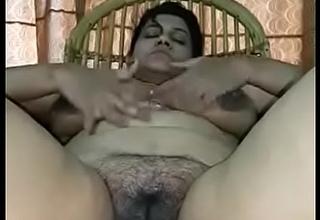 Preeti bbw Fingering her muff