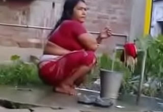 Indian Glum Mature Wife Rides on White Dick (new)