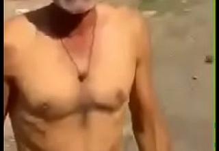 nude uncle ka dance.MP4