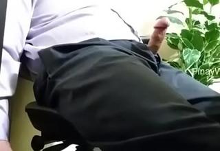 Tago sa Ilalim ng desk ni boss.MP4