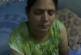 Indian desi mom gives very hot oily tugjob to her son