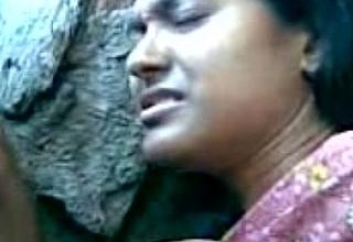 Cute Bengali Girl'_s Boobs Fondeled By Her Boy Friend Behind The Rocks