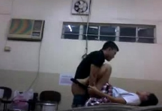 indian sex video university girl fucked by her boyfriend in laboratory mms