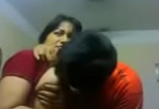 Amateur Indian coupler kiss sensually close relative to