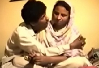 Shy Reluctant Desi Aunty acquires Screwed primarily Pic for Money