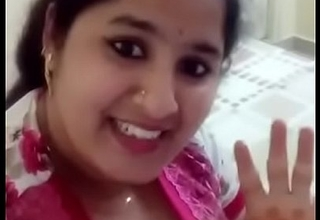 Desi Hot Girls - Lark Relative to Desi Girl.MP4