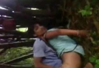 Desi assamese university wan hotties screwed in jungle by ...