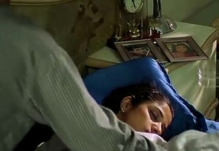 '_A Housewife Molested by Electrician'_   Hot Scene   (Love Give India)