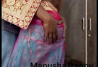 Doff expel my saree - Escort unspecific Manusha Crystal set being unconcealed and exposing navel and belly
