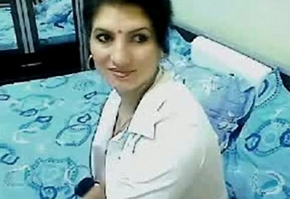 Hot &amp_ Horny High Salmagundi Bhabhi Home Alone Chatting On Webcam