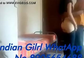 बहोत ही हॉट हिंदी ऑडियो वीडियो जिसे देखकर आपका लं ड पानी छोड़ देगा लॉक डाउन में एक होटल में बुआ चु द गई