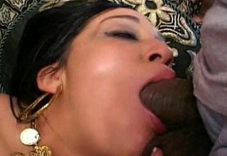 Hawt indian deep throats dick unfathomable cavity mouth bushwa