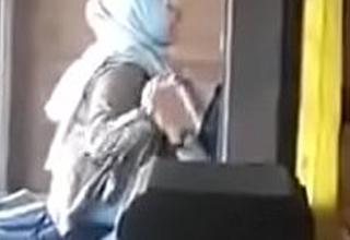 Jilbab putih tolerant diatas sama pacar Pic Full porn  xxx blear jg7hBM