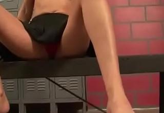 Cams4freexxx video - Ball Busting Chearleader Punishes Boyfriend